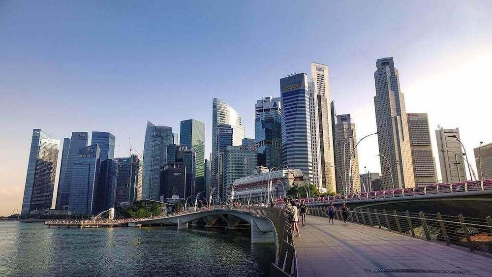 Où se trouve Singapour ?